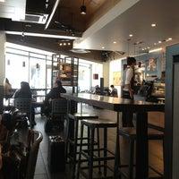 7/14/2013にNaoto E.がStarbucks Coffee 御堂筋本町東芝ビル店で撮った写真