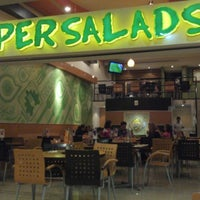 Photo taken at Super Salads by Pepe_iPhone on 12/11/2012