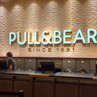Photo taken at PULL & BEAR by Pepe_iPhone on 12/15/2012