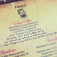 รูปภาพถ่ายที่ Fidel's Cafe โดย Peter W. เมื่อ 2/15/2013