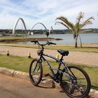 Photo taken at Orla da Ponte JK by Julio C. on 4/27/2013
