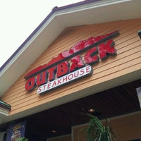 Photo taken at Outback Steakhouse by Jéssica M. on 2/2/2013