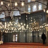 Das Foto wurde bei Rüstem Paşa Camii von Tuna E. am 12/21/2012 aufgenommen