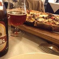 Foto scattata a MezzoMetro da Ale da Antonio I. il 10/20/2012