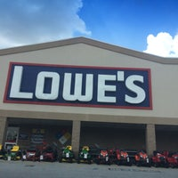 Photo taken at Lowe's Home Improvement by Tom K. on 8/15/2016