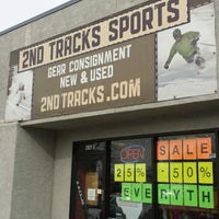 Photo taken at 2nd Tracks Sports by Cheryl A. on 2/22/2014