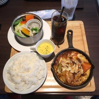 Photo taken at 洋食屋 うとと by Masahiro H. on 4/24/2017