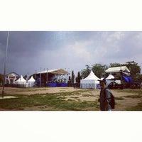 Photo taken at Lapangan Samber by Putra Aulia N. on 11/1/2014