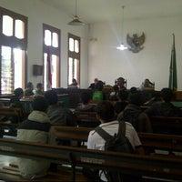 Photo taken at Pengadilan Negeri Bandung by Steven S. on 10/24/2014