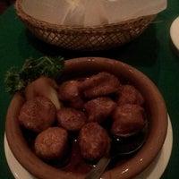 Foto tomada en Casa Armas Tapas Bar y Restaurante por Toshinobu O. el 6/7/2014