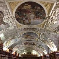 5/11/2013 tarihinde Mikhail S.ziyaretçi tarafından Strahovská knihovna'de çekilen fotoğraf