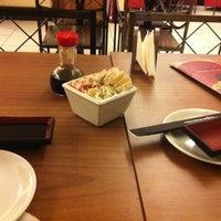 Foto tirada no(a) Musashi Culinária Japonesa por Larissa B. em 6/23/2013