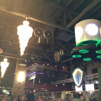 Photo taken at Mellow Mushroom by Mark P. on 11/22/2013