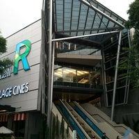 Foto tirada no(a) Recoleta Mall por alex h. em 3/31/2013