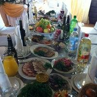 Снимок сделан в Шинок Казачок пользователем Olchen 9/29/2012
