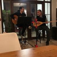 3/30/2018 tarihinde Nurullah A.ziyaretçi tarafından Kahvezen Bistro & cafe'de çekilen fotoğraf