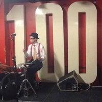 Photo prise au 100 Club par Steven C. le4/8/2013