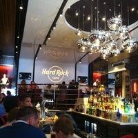 Foto tomada en Hard Rock Cafe Barcelona por Rita K. el 5/4/2013
