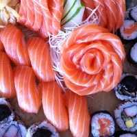Foto tirada no(a) Mirai Japanese Cuisine por Renata L. em 10/27/2012