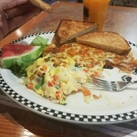 Photo taken at Las Vegas Black Bear Diner by William J. on 10/26/2017