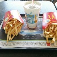 Photo taken at McDonald's by かなぽん on 4/5/2016