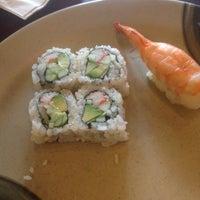 Photo prise au Hibachi Sushi par Matthew L. le11/1/2012