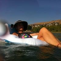 Photo taken at במים    חוף מושבה כינרת by Sharon W. on 9/18/2012
