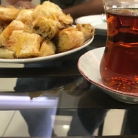 Photo taken at Gazioğlu Pastaneleri-yenişehir by Yücel E. on 8/13/2017