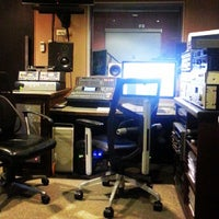 Photo taken at Soundwave Sound Studio by Travelin Matt H. on 8/26/2013