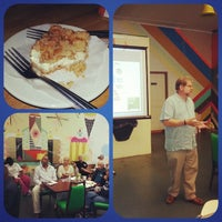 Photo taken at Good Cakes and Bakes by Graves D. on 7/29/2014