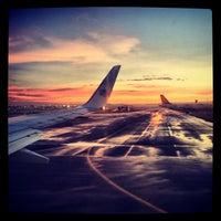Foto diambil di Aeropuerto Internacional de la Ciudad de México (MEX) oleh Dan C. pada 11/1/2013