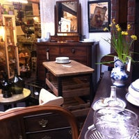 Photo taken at Sheffield Antiques by attitude Travel on 3/29/2014
