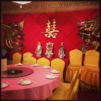 Photo taken at Good Kitchen Restaurant by Daniel D. on 12/29/2012