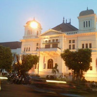 Photo taken at Gedung Heritage Bank Indonesia Yogyakarta by natalino on 9/16/2012