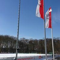 Das Foto wurde bei Geißbockheim von Two Beers am 3/13/2013 aufgenommen