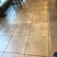 Foto tomada en Starbucks por pja666 el 4/21/2018
