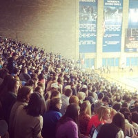Foto tirada no(a) Memorial Coliseum por University of Kentucky em 11/11/2014