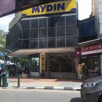 Photo taken at Penang Road by Nury Y. on 6/30/2017