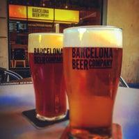 Foto tomada en Barcelona Beer Company Taproom por Anthony R. el 6/23/2016