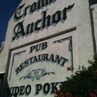 Foto tirada no(a) Crown & Anchor Pub por Sasha S. em 6/4/2013