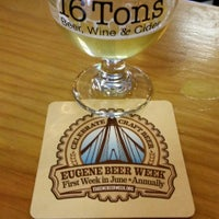 Photo taken at 16 Tons Taphouse by vicbeeroclock on 6/15/2016