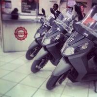 Photo taken at dafra motos by Ivo S. on 8/16/2013