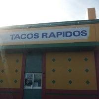 Foto scattata a Tacos Rapidos da John B. il 2/13/2013