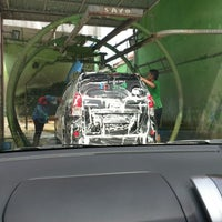 Photo taken at Master snow  wash & auto care by Rifka A. on 12/10/2014