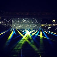Das Foto wurde bei Ülker Stadyumu Fenerbahçe Şükrü Saracoğlu Spor Kompleksi von Okan ツ. am 7/24/2013 aufgenommen