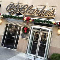 Photo taken at P.J. Clarke's by Daniel S. on 12/4/2012