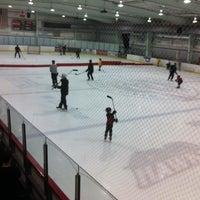 Photo prise au Palm Beach Skate & Ice Zone par Andréa R. le10/19/2012