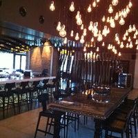 2/20/2013 tarihinde Taner O.ziyaretçi tarafından No4 Restaurant • Bar • Lounge'de çekilen fotoğraf