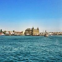 Photo taken at Kadıköy - Beşiktaş / Adalar Vapur İskelesi by ALPER on 7/14/2013