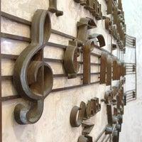 Photo taken at Центральный музей музыкальной культуры (ВМОМК) им. М. И. Глинки by Mari A. on 11/7/2012